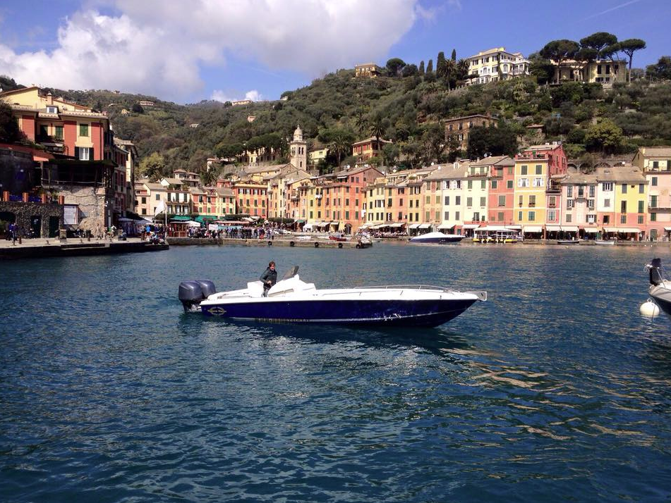 Magnum Fans and Owners Post Stunning Images Of Boats